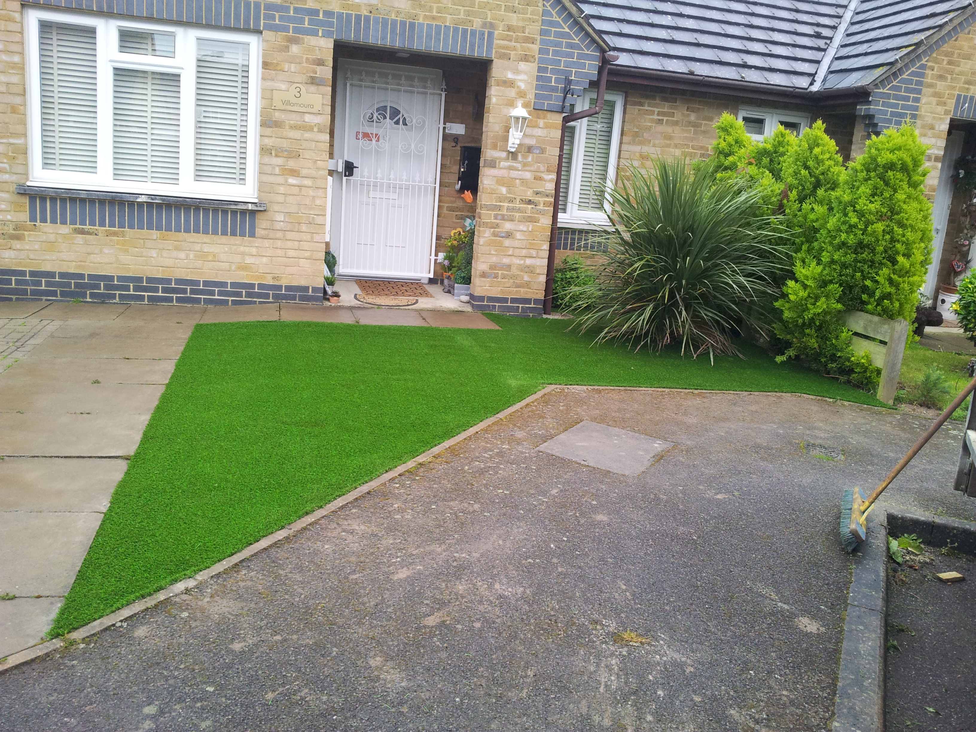 Artificial Grass Installation Langley Slough Berkshire