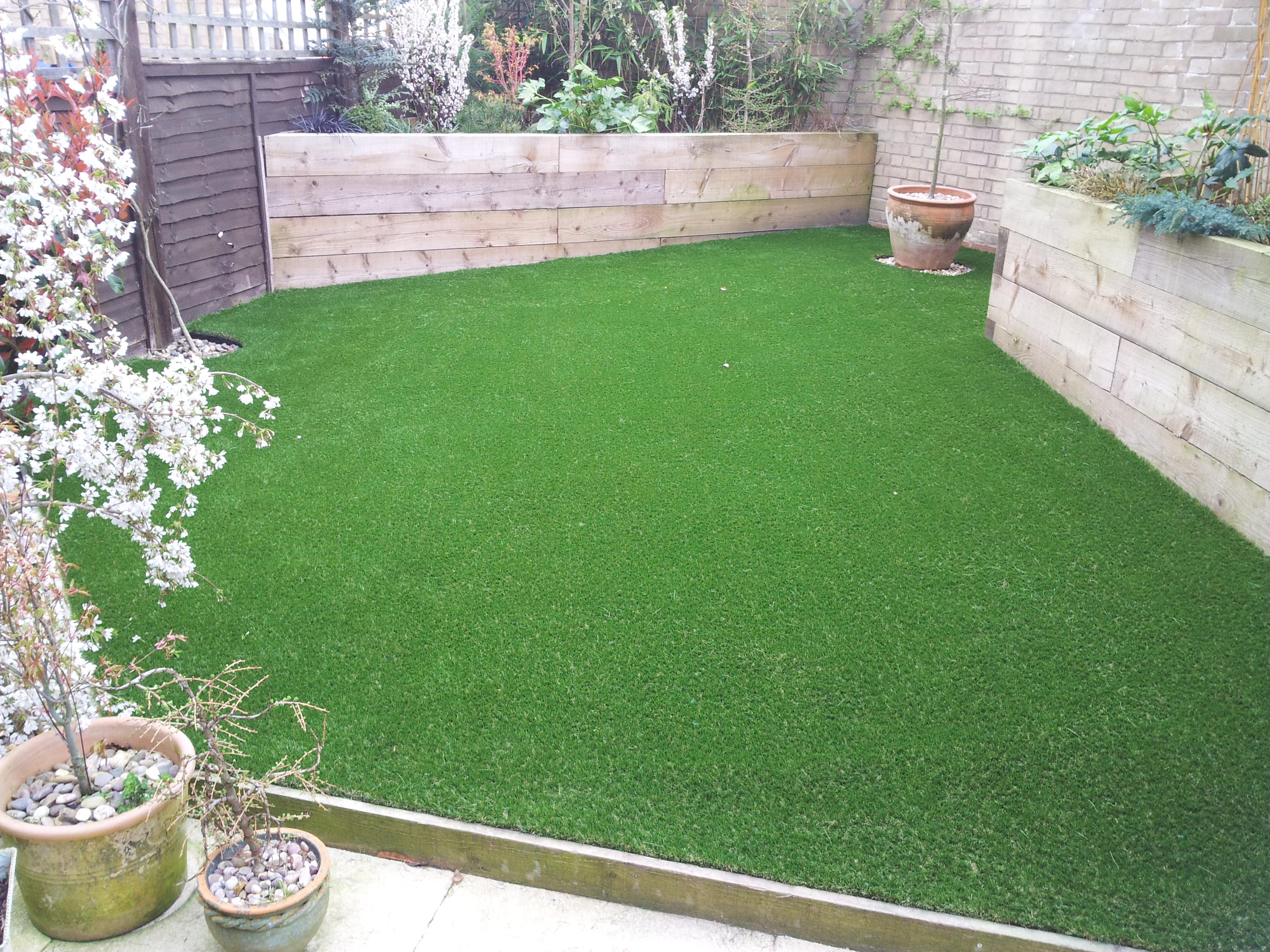 Artificial Grass Installation Thatcham Newbury Berkshire